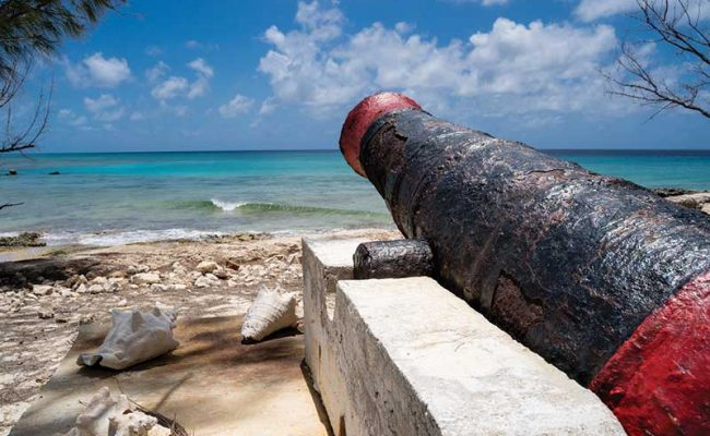 At Dunscombe Point there is good snorkeling offshore and a late 1700s cannon from the wreck of the HMS Endymion.
